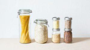 Como usar potinhos na organização da casa