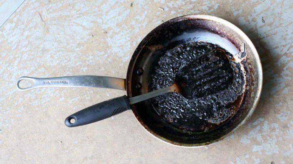 Frigideira Anti-aderente como limpar panela antiaderente